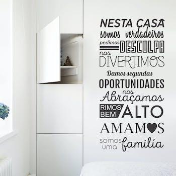 adesivo de parede nesta casa