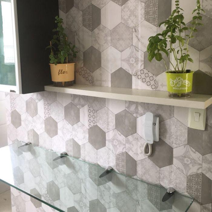 Revestimento Adesivo Hexagon Tiles Cinza Claro